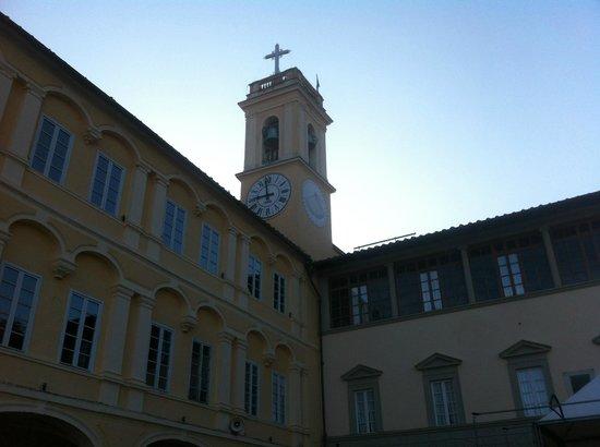 Santuario di Montenero, al mattino presto