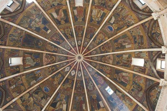 Battistero di Parma: ceiling