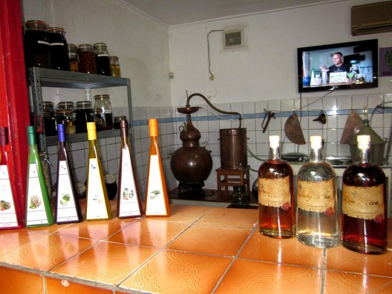 The Cadushy Distillery : Beautiful packaged liquor