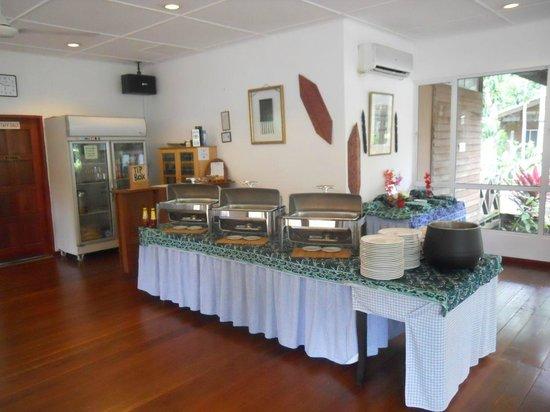 Borneo Nature Lodge: The buffet
