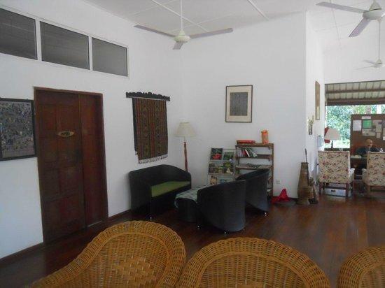 Borneo Nature Lodge: The lobby area
