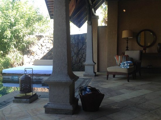 Maradiva Villas Resort and Spa: Blick zur Veranda