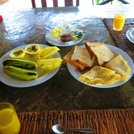 Tembo Village Resort Watamu : always fresh fruit for dessert