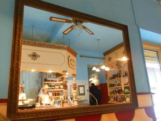 Polakowski Self Service Restaurant: interno 3
