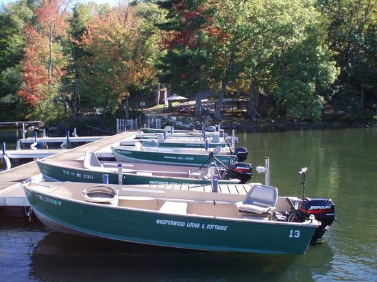 Whisperwood Lodge and Cottages: Rental Boats
