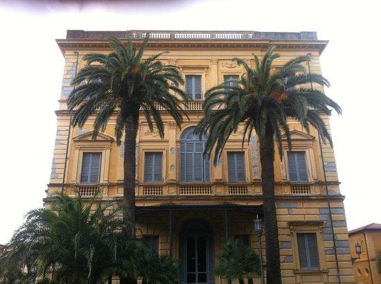 Museo Civico Giovanni Fattori a Livorno, facciata verso il giardino