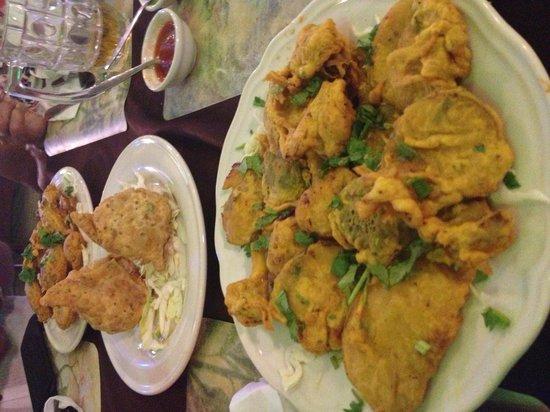 Tandoori Nights: Vegetable pakora