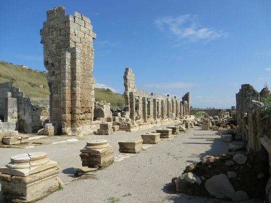 Perge Ancient City : One of several gymnasium (schools)