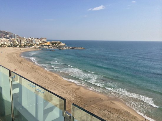 Villa Del Mar Hotel: view from roof terrace