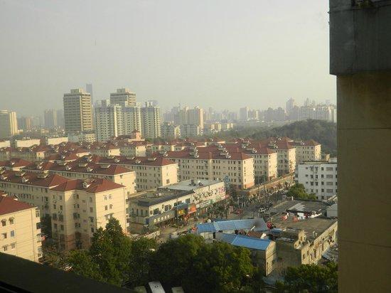 Jin Jiang Jin Sha Hotel: Vue de la chambre