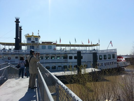 Creole Queen Mississippi River Cruises: Creole Queen