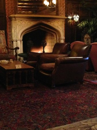 The Bowery Hotel: The lounge fire