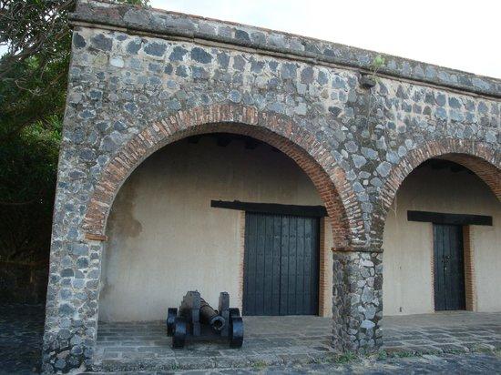 Islets of Granada: fortress