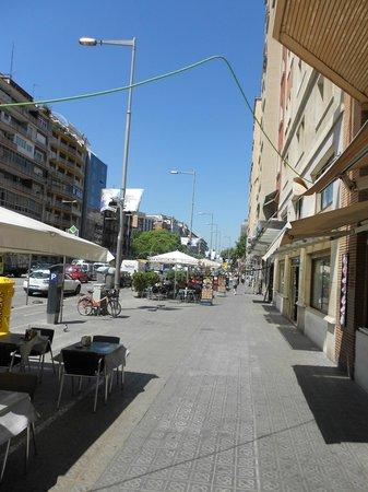 Barcelona Universal Hotel: Street View