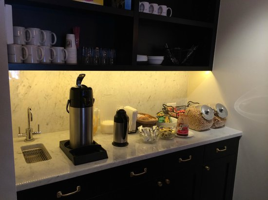 Hotel Durant : Complimentary breakfast 2