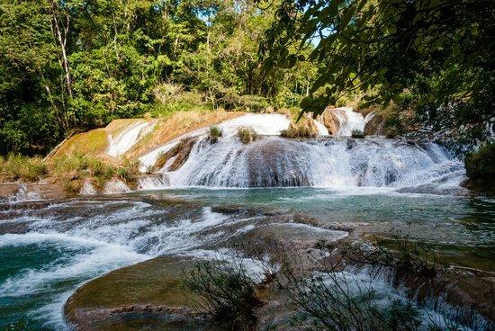 Cascada de Roberto Barrios: Roberto Barrios