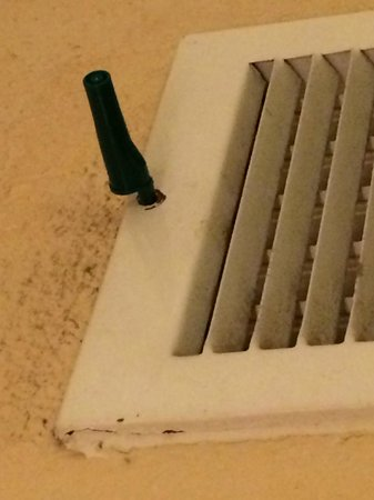 Country Inn & Suites By Carlson: The pen holding the vent in place.