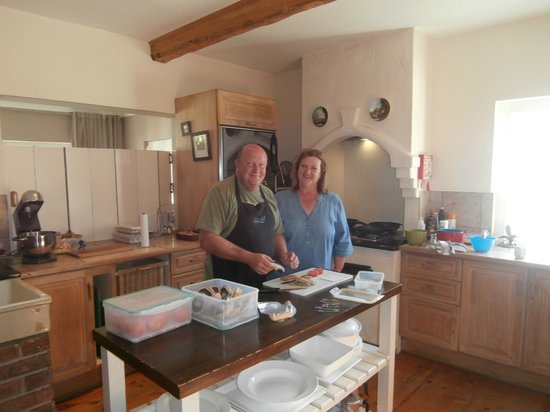 Fynbos Ridge Country House & Cottages: Our hosts Brian and Liz