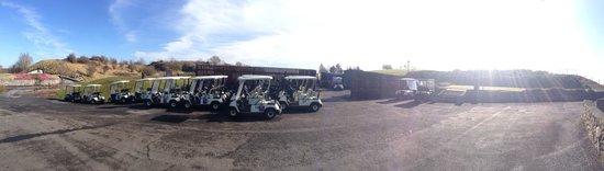 Esker Hills Golf Club: Car park