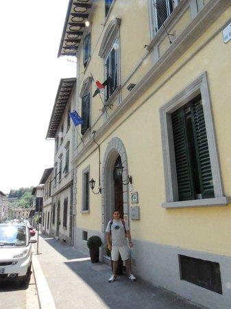 Hotel Ferrucci: en la entrada