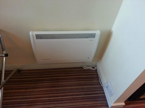 Holiday Inn Slough - Windsor: In-room heating