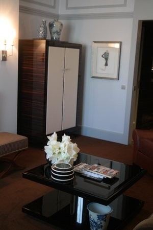 Prince de Galles Hotel: Room decoraitons