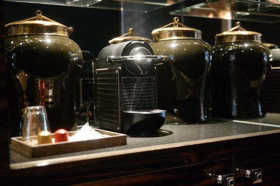 Prince de Galles, a Luxury Collection Hotel: Nespresso