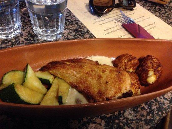 Saaremaa Veski: Crispy chicken with chanterelle