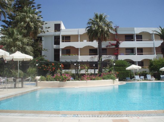 Tigaki Beach Hotel: Piscine