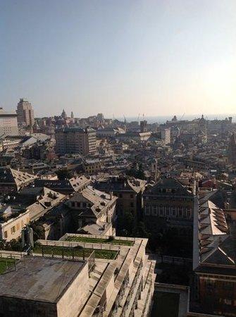 Spianata Castelletto : il centro storico