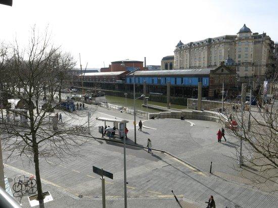 Radisson Blu Hotel, Bristol: ...view from a room