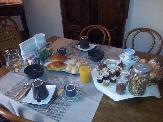 B&B Effegi: La Colazione / The breakfast