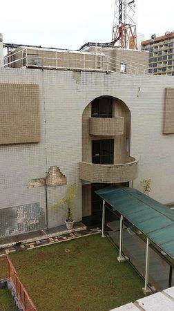 Grand Bittar Hotel : Vista do Anexo em Reforma. Tente ficar no prédio da frente.
