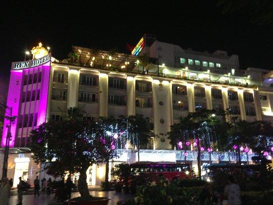 Rex Hotel : Rex