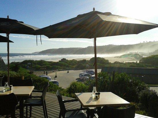 Salinas Beach Restaurant: Lower deck veiw