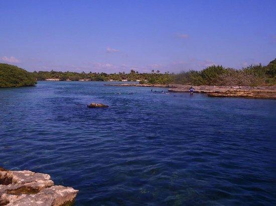 Yal-ku Lagoon: Caleta de Yalku