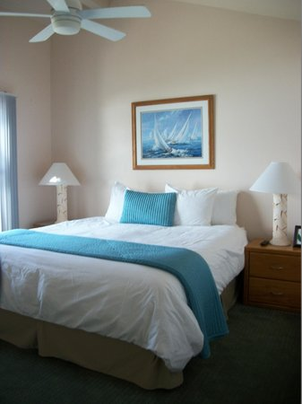 Wave Crest Resort: Bed and Bedding upgrades are wonderful