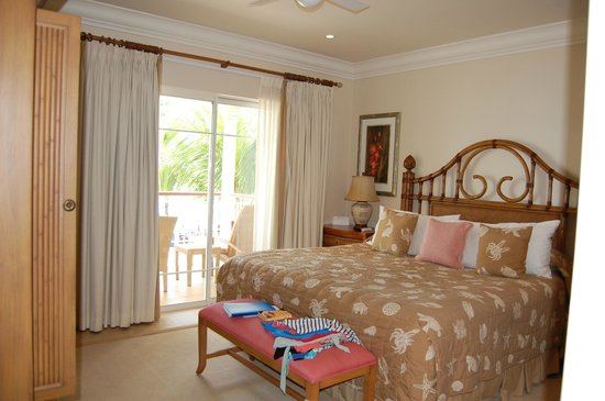The Landings St. Lucia : second bedroom -  looking out over ocean