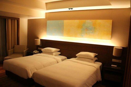 Hyatt Regency Kinabalu: Twin beds club room