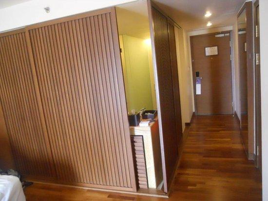 Hyatt Regency Kinabalu: Bath room in club room can also be closed off