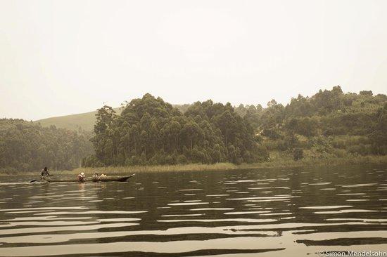 Nkuringo Bwindi Gorilla Lodge: Lake Mutando