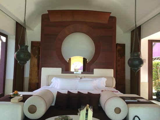 Phulay Bay, a Ritz-Carlton Reserve: Bed. Double King bed in the Royal Villa