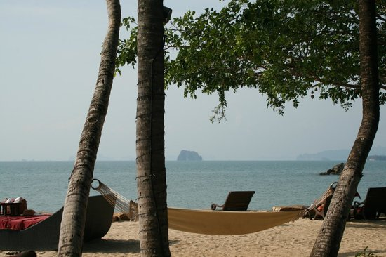 Phulay Bay, A Ritz-Carlton Reserve: Sunset Beach Bar