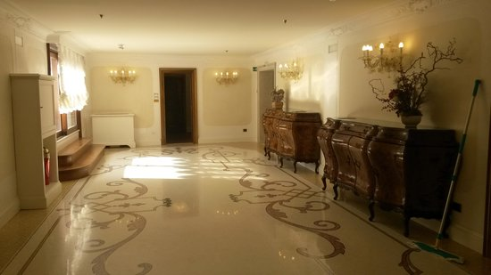 Hotel Ai Reali di Venezia: corredor do terceiro andar
