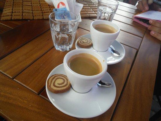 Ganache Cafe & Pastelería: Café Expresso