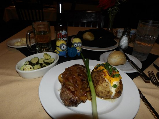 The Beehive : Ground sirloin  with baked potato and grilled zucchini