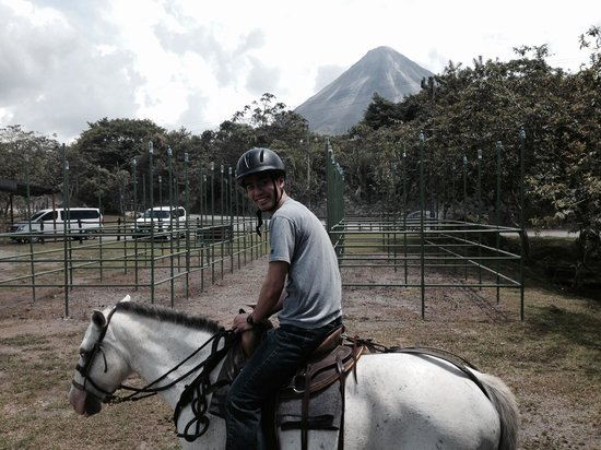 Arenal Wilberth Stables: Just saddled up and ready to go