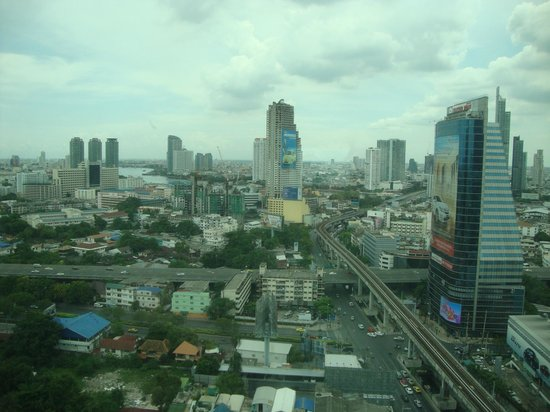 Eastin Grand Hotel Sathorn : Vista do quarto