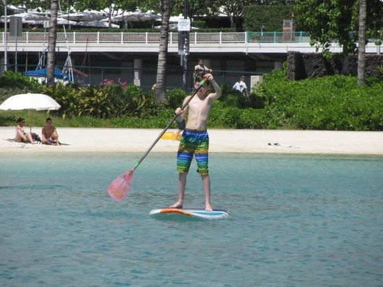 Hilton Hawaiian Village Waikiki Beach Resort: SUPing in the lagoon