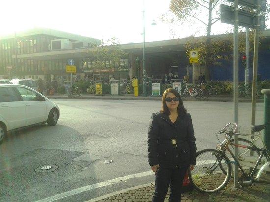 BEST WESTERN Bologna Hotel - Mestre Station: Em frente a Estação de Trem Mestre